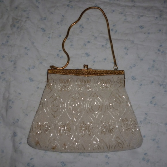 VTG. Josef Beaded white handbag